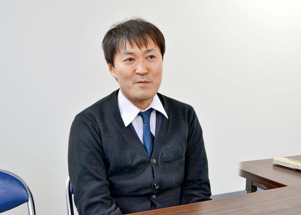山田 智史